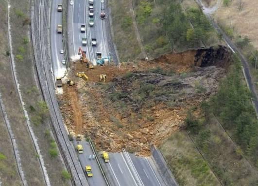 Sliding-Failure-of-Soil-Soil-Sliding-onto-a-Highway